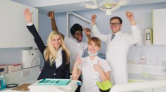dental_practice_staff_happy-thumb
